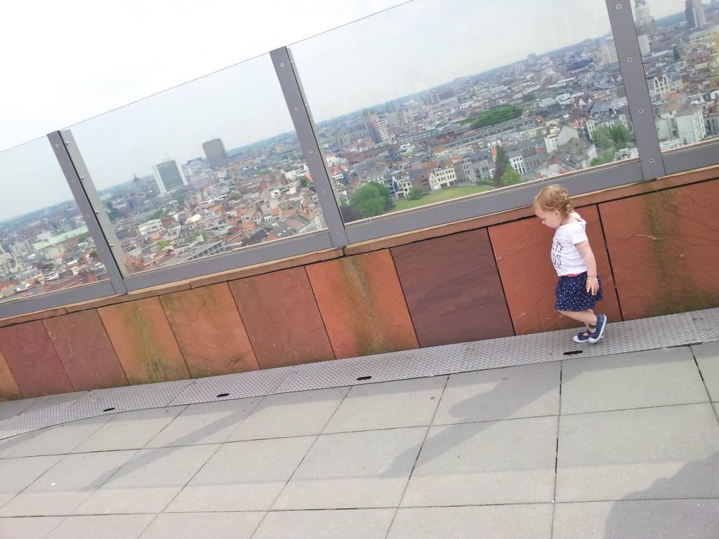 Antwerpen met kinderen-koffie-hotspot-museum-statiion-trein-mas
