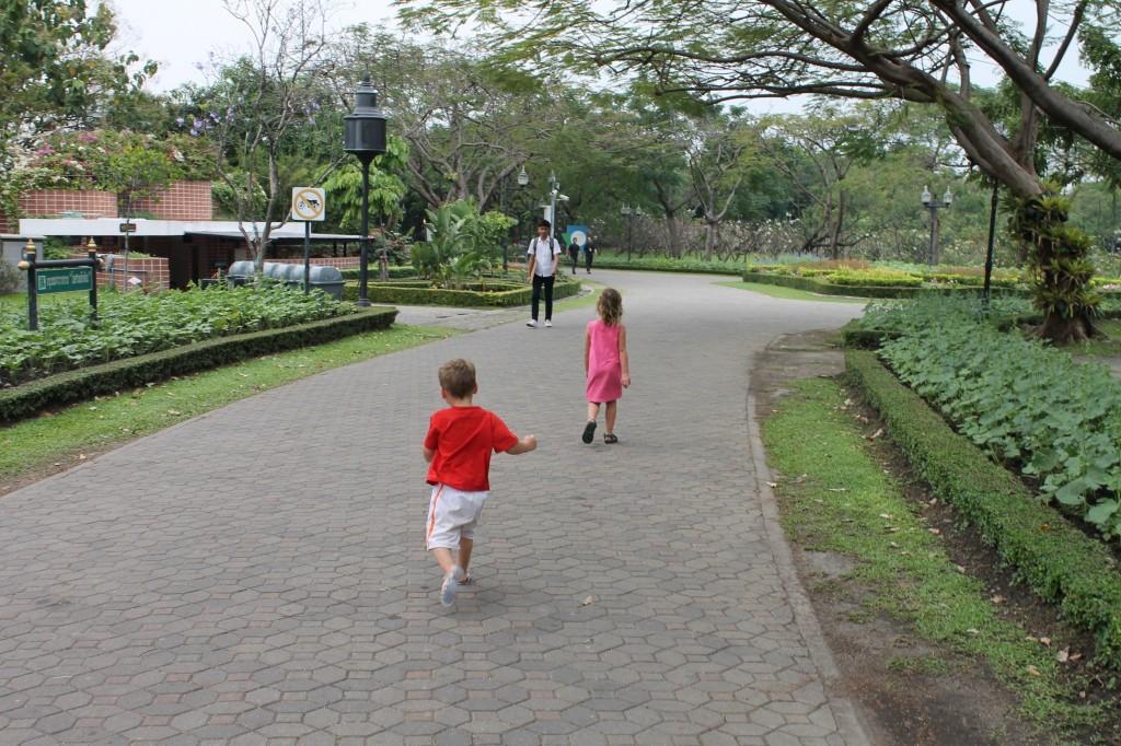 Thailand met kids
