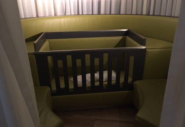 Schiphol met baby