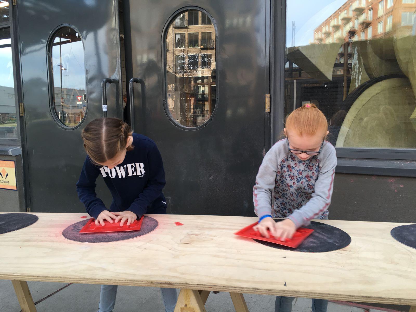 Ontdekfabriek met kinderen Eindhoven