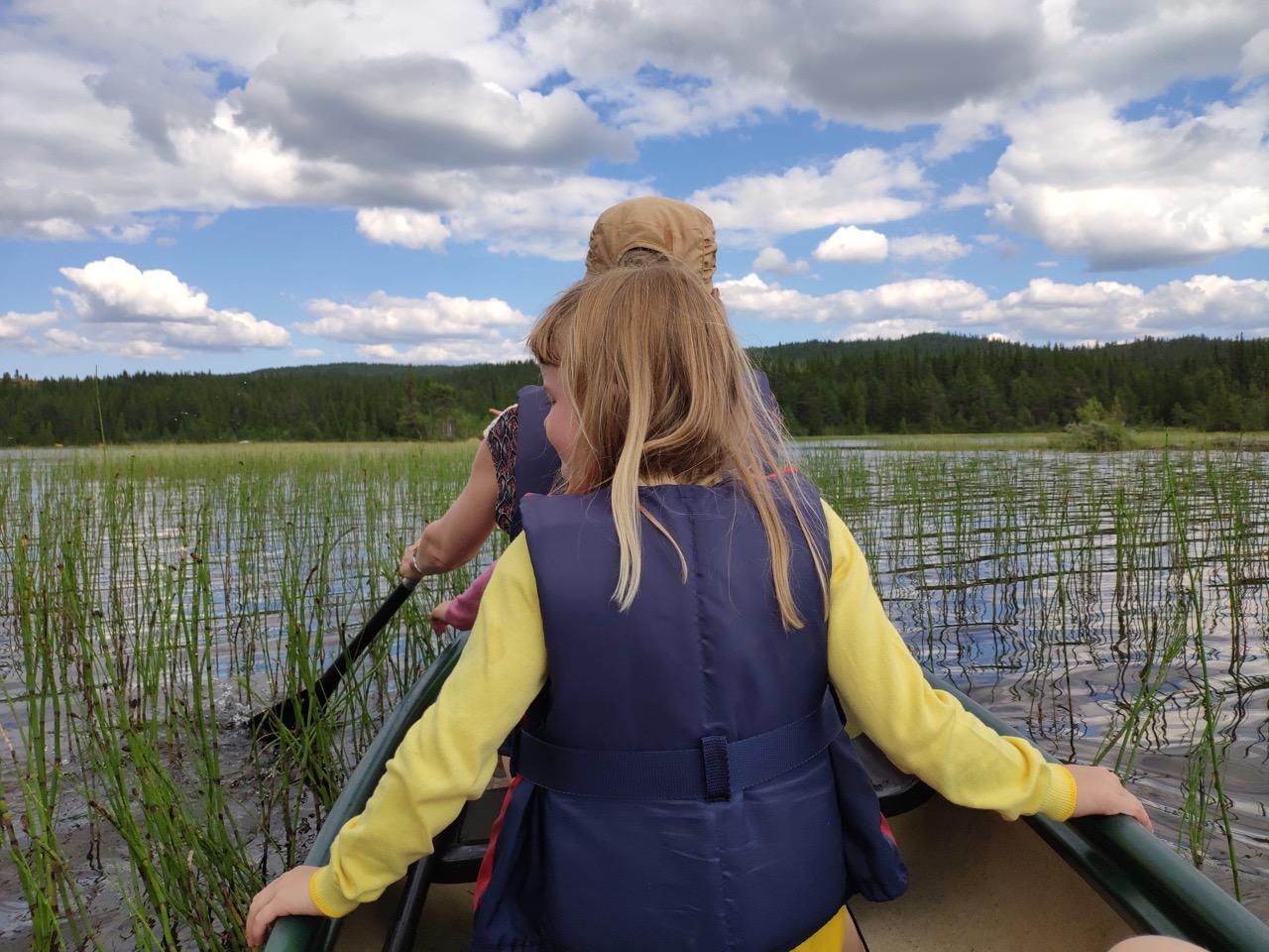 varen in Noorwegen met gezin