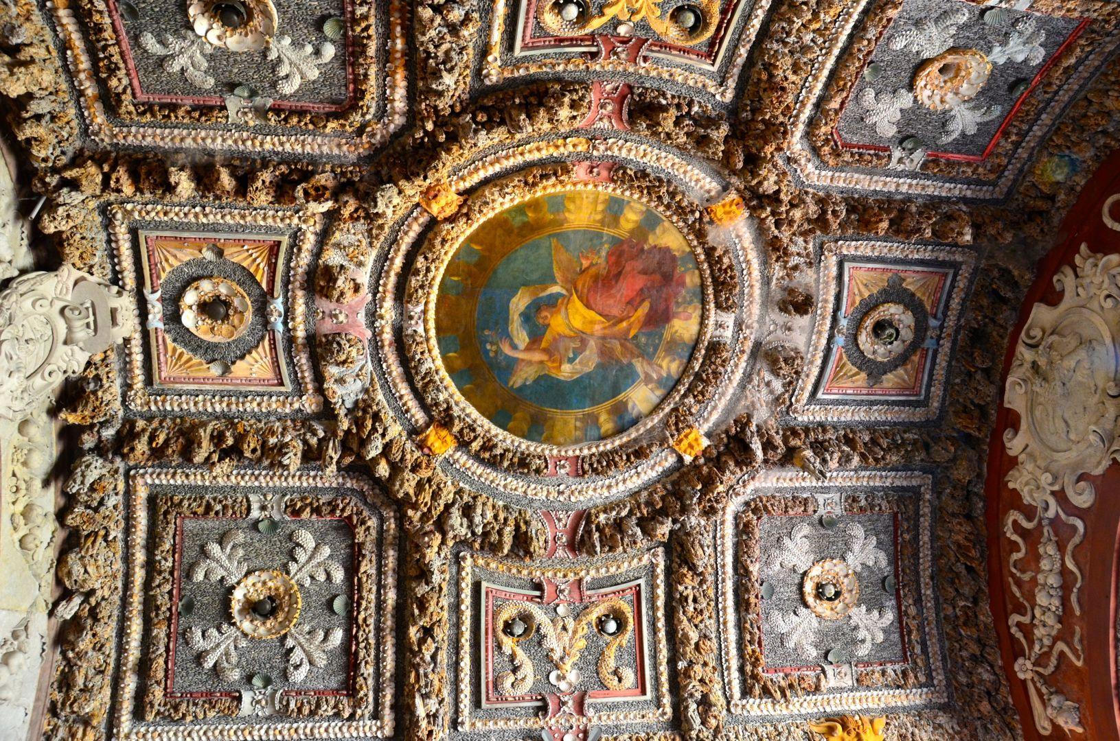 Schelpen en stenen plafond Hellbrunn