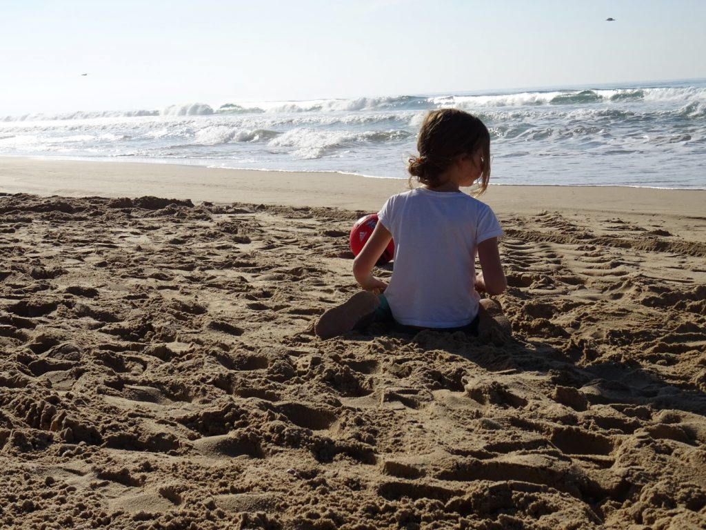 Lissabon strand met kids