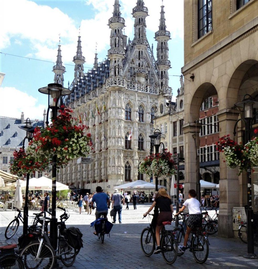Fietsen in een Belgische stad