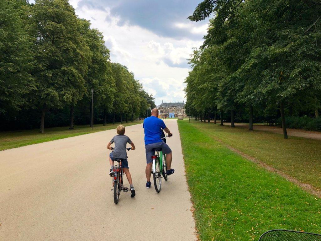 Fietsen door Dresden met kinderen