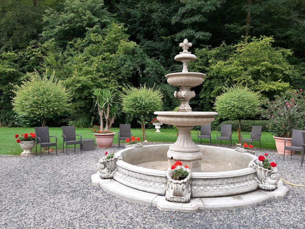 tuin hotel Scheid tussenstops Duitsland